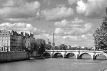 Photo de la seine en noir et blanc